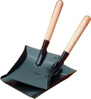 Fireplace Shovel with Wooden Handle Various Sizes