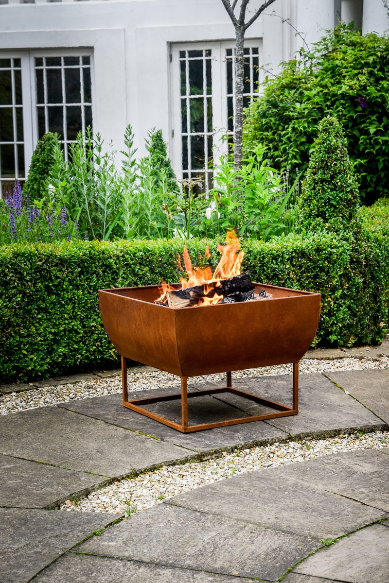 Iron Fire Bowl in Black or Rust