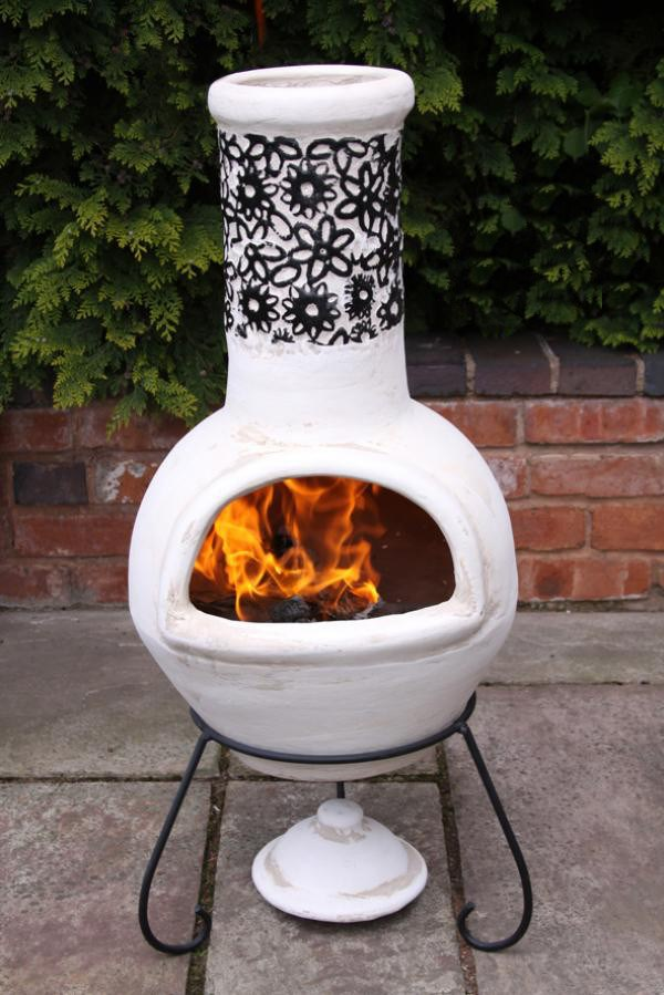Large Clay Mexican Chimenea Patio Heater Beige