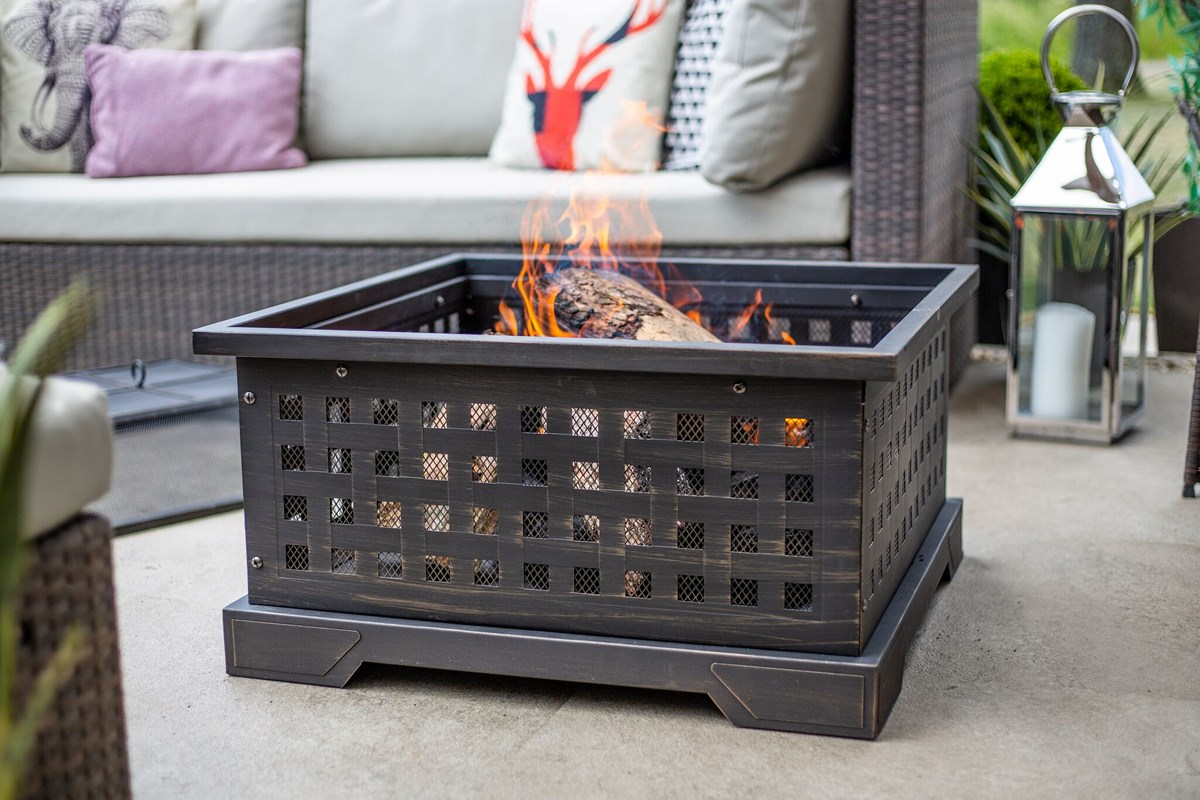 Large Steel Firepit with Mesh Sides