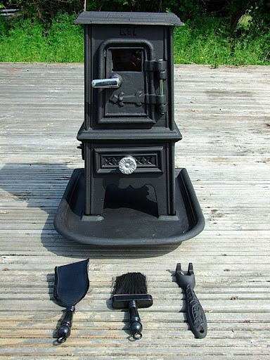 Pipsqueak Stove with Accessories