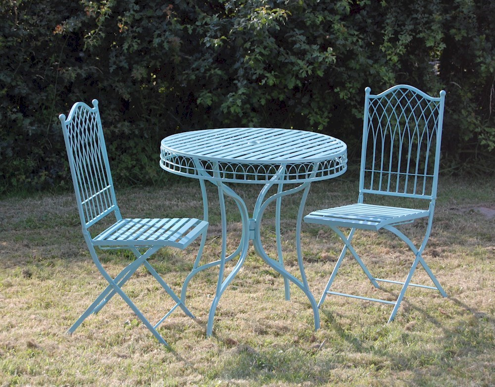 Shabby chic metal bisto set in blue for Metal garden furniture