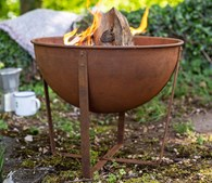Small Shabby Chic Rusty Firepit